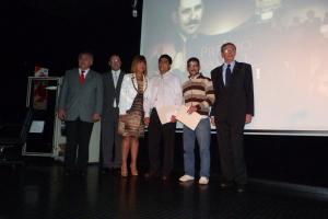 Samuel Fuxman: Premiaron a los mejores alumnos de Historia y Lengua y Literatura