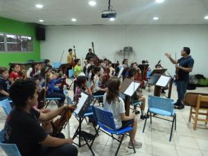 """Grillitos Sinfónicos: """"A los chicos les mostramos todas las posibilidades de la música y el arte"""""""