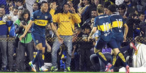 Boca goleó a Rosario Central como local y accedió a los octavos de final de la Sudamericana