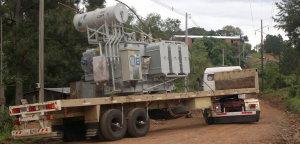 Llegó a Oberá un transformador que beneficiará el servicio eléctrico en la zona norte de la ciudad