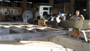 Construyen una balsa para conectar la ciudad de Bella Vista con Corpus