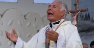 El padre Darío Betancourt llegará por primera vez a Oberá