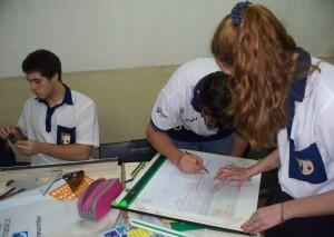 Más de 30 estudiantes del Janssen compitieron en la instancia escolar de las Olimpíadas nacionales de Construcciones