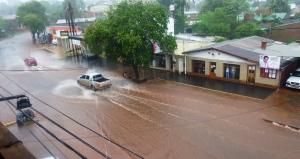 Varios barrios de Eldorado se vieron afectados por las fuertes lluvias