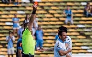 Malestar con el misionero Pitana tras la victoria de Racing sobre Belgrano