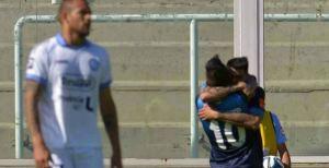 Racing, con Bou en estado de gracia, goleó a Belgrano en Córdoba