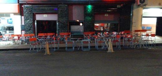 Empresario obereño desmintió que jóvenes se desnuden a cambio de bebidas en su local