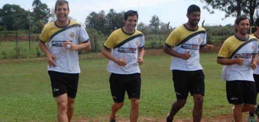 Crucero entrenó y quedó concentrado a la espera del duelo de punteros; mañana a las 15 recibe a Atlético Tucumán