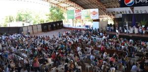 """Más de 10 mil docentes en el primer día del Congreso """"Los docentes somos sujetos de derechos"""" en Oberá"""