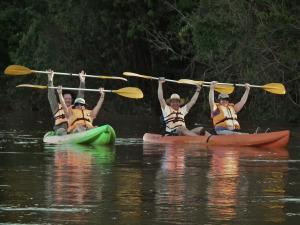 La experiencia de vivir en la selva misionera atrapa a turistas de todo el mundo