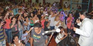 Más de mil madres disfrutaron del show de Los Iracundos en Posadas