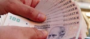 Robaron 10.000 pesos de una residencia particular