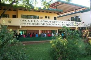 La primera promoción de egresados de la EAE cumplió 50 años en Eldorado