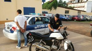 Recuperaron un auto y una moto robados: hay dos detenidos