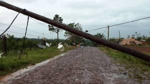 Tornado en San Vicente: Emsa comenzó a normalizar el servicio eléctrico