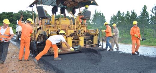 Gran avance del asfaltado de varias rutas en la Provincia