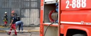 Daños materiales en una vivienda tras principio de incendio