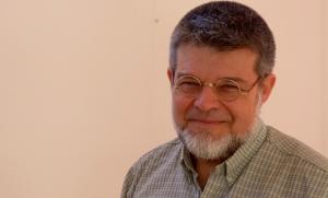 """Claudio Bertonatti, científico argentino: """"Los incendios queman mucho más que la selva de la Amazonía"""""""