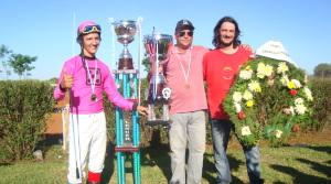 Más de 10.000 personas vieron ganar a Camba Porá la Copa Challenger, que se queda en Misiones este año; la carrera se definió por un hocico