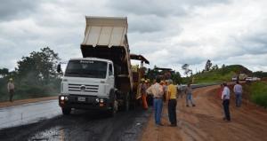 El asfaltado de la ruta Provincial 221 potenciará la producción en el centro-este misionero