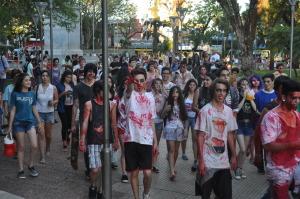 La tarde del sábado la ciudad fue tomada por los Zombies