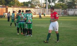 Brown quedó eliminado de la Copa Argentina por Ferroviario de Corrientes; el héroe fue un arquero misionero