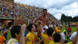 Crucero del Norte hace historia: goleó a Patronato por 3 a 0 y jugará en Primera