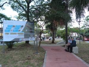 Abren a la circulación remozadas plazoletas de la avenida Corrientes