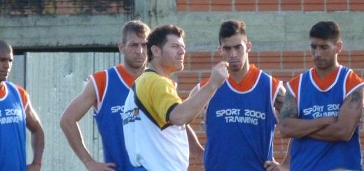 """Schurrer: """"Sabemos a que juega el Tigre de Alfaro, el busca siempre solidez en sus equipos"""""""