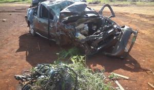 Un joven volcó en Dos de Mayo, destrozó el auto y de milagro solo resultó con heridas