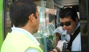 San Pedro: chofer alcoholizado puso en riesgo a pasajeros al evadir un control, hasta ser detenido