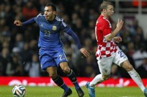Argentina le ganó 2 a 1 a Croacia; Tévez entró faltando media hora para el final