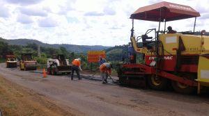 Comenzaron obras de bacheo y conservación en las rutas provinciales 17 y 20