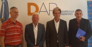 La Fundación DAR, que elabora los programas de los equipos técnicos de Scioli Presidente, firmó convenio con el INYM