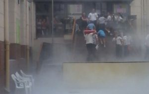 Un principio de incendio durante un acto, causó susto en el Colegio Santa María de Posadas