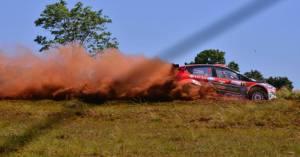 """Rally: en la prueba clasificatoria en Candelaria el """"Coyote"""" Villagra se impuso al peruano Fuchs y Marcos Ligato"""