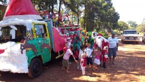 Vecinos solidarios juntaron juguetes para los chicos de Andresito