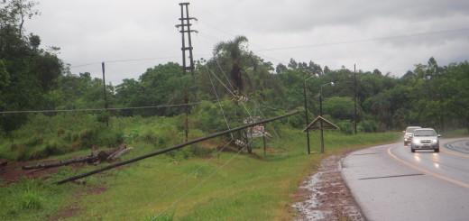 El temporal afectó el sistema eléctrico en toda la provincia