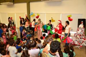 El Hogar de Día cerró el año con la entrega de regalos a los chicos
