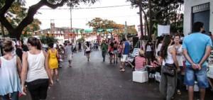 Feria en la Bajada Vieja: esta tarde, la mejor opción para el arbolito