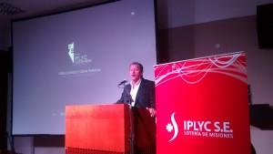 El IPLyC presentó la torre Costa Paraná que se hará a orillas del río