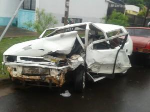 Violento choque entre dos autos dejó un joven de 24 años fallecido en Posadas