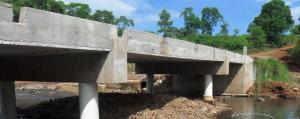 Puente sobre el arroyo Fortaleza: obra terminada y habilitada para el paso vehicular