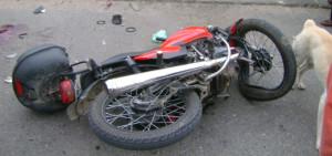 Motociclistas resultaron heridos tras una colisión en San Pedro