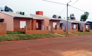 Denuncian que un falso gestor ofrecía casas del Iprodha y dejó un tendal de damnificados