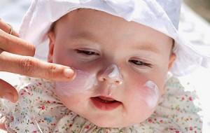 Cuidados especiales para adultos mayores y personas con enfermedades crónicas y bebés en época estival