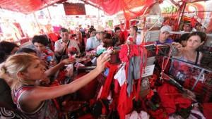 A pesar de la lluvia, miles de devotos llegaron a Corrientes para venerar al Gauchito Gil