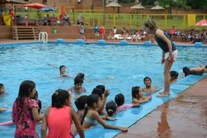 Unos 200 niños disfrutaron de la primera semana de colonia de vacaciones en Eldorado