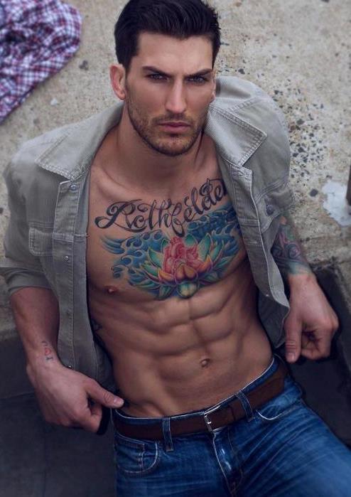 """""""Ellos"""" muestran la tendencia de los tatuajes 2015"""