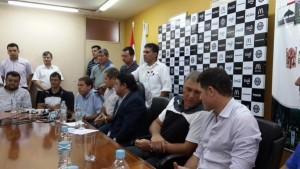 Pumpido viene esta tarde a Posadas a presentar el partido Crucero-Olimpia del domingo